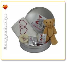 Sevgiliye hediye kutusu