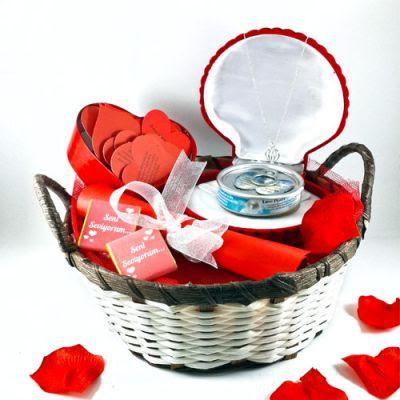 sevgiliye özel hediye sepetleri