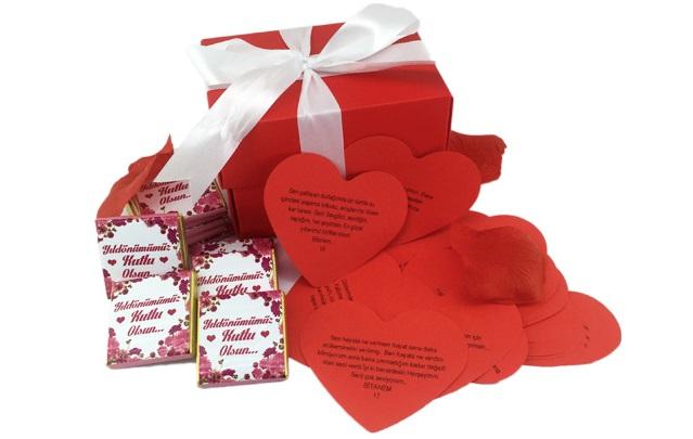 Öesajlı Romantik Çikolatalar