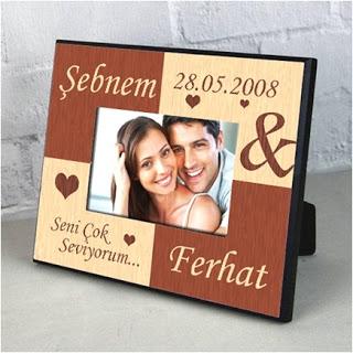 sevgiliye hediye romantik resim çerçevesi