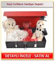 Yeni evli karı kocaya hediye