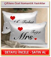 Çiftlere Özel Romantik Yastıklar