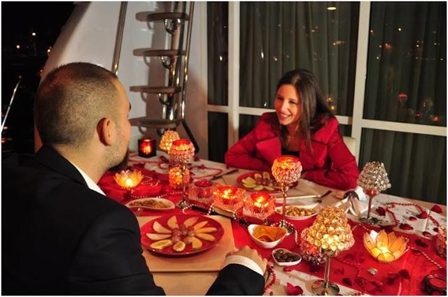 Sevgiliyle Yıldönümü için Öneriler