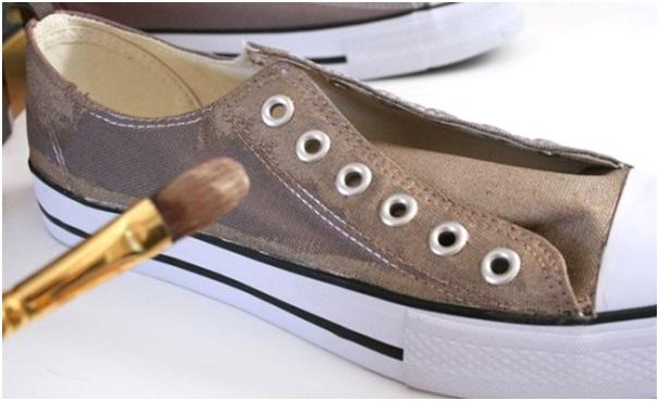altın sarısı converse ayakkabı